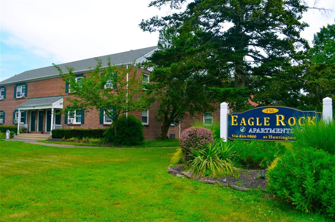 Eagle Rock Apartments At Huntington Station