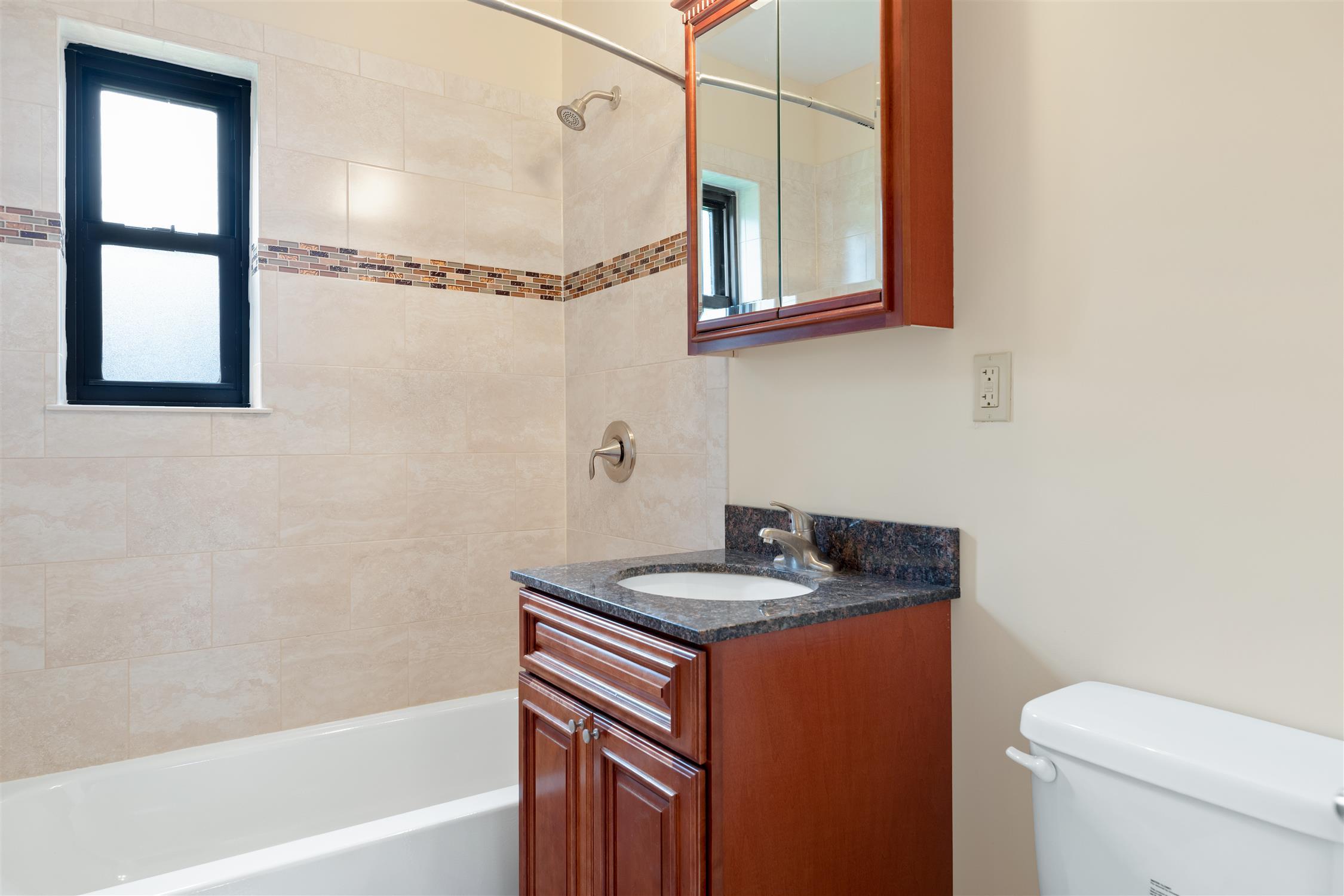 Eagle Rock Apartments at Hicksville/Jericho - Hicksville, NY
