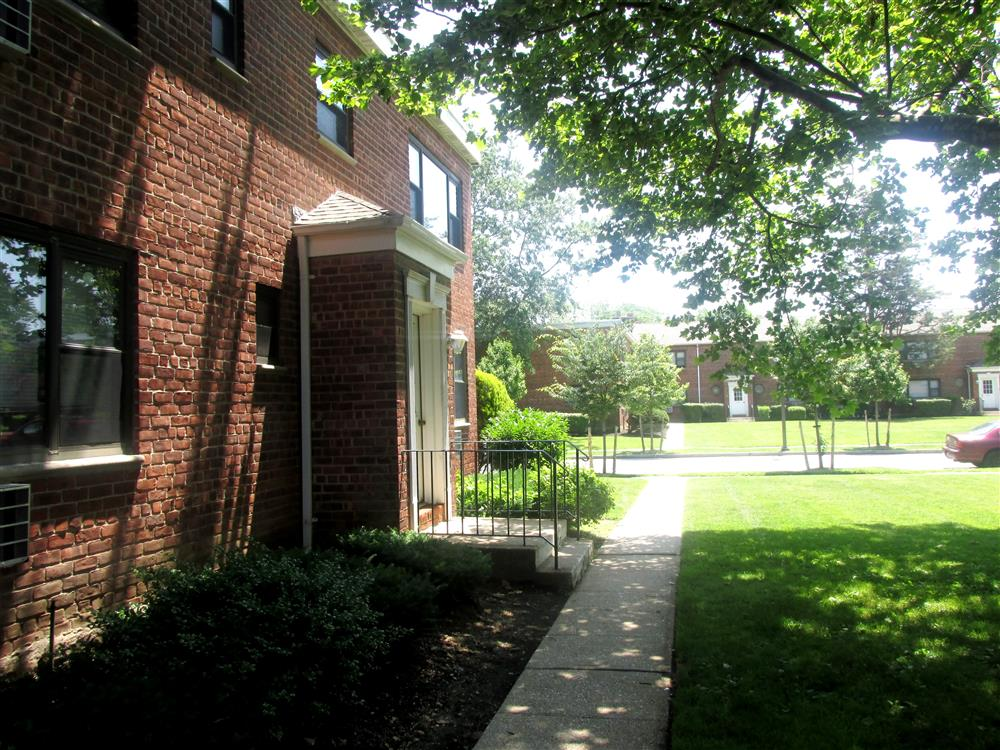 Eagle rock apartments at hicksville jericho in hicksville - 1 bedroom apartments long island ny ...